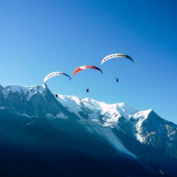 Voler face au Mont Blanc
